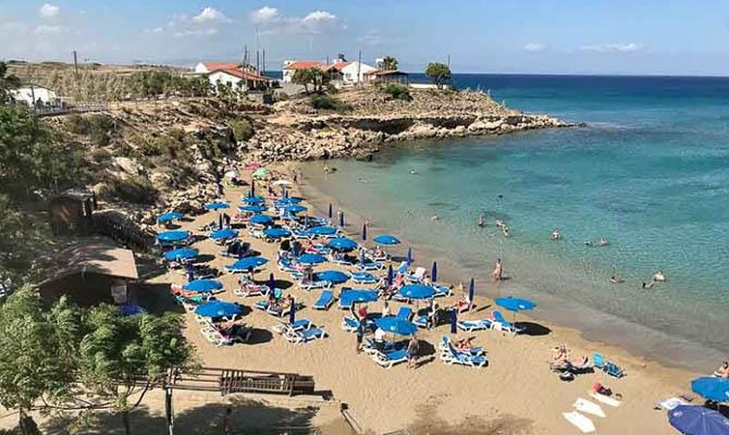 Кипр откроет границы для туристов, в том числе и украинцев