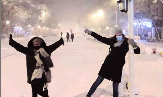 Минувшая ночь в Испании стала самой холодной за 20 лет