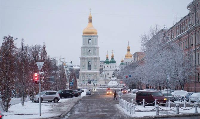 Февраль в Украине начнется с похолодания и снегопадов